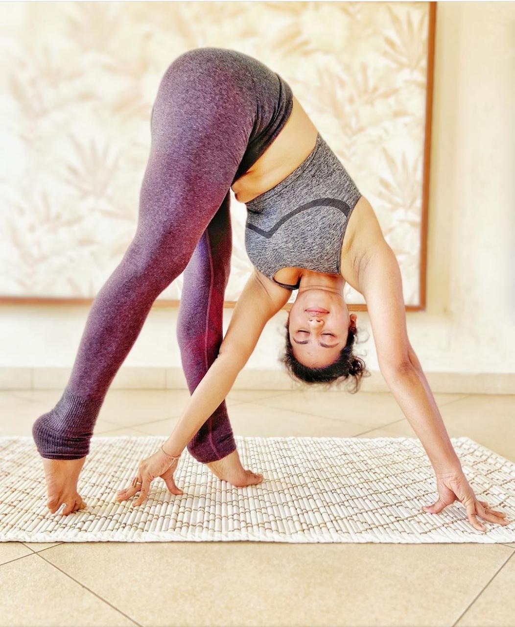 Natural yoga mat with Sambu Grass - Meditation & Sleeping